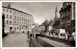 Postcard Münchberg in Oberfranken Bayern, Straßenpartie im Ort, A. Pock, C. Frisch