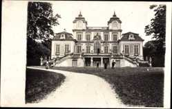 Foto Ak Ludwigsburg in Baden Württemberg, Blick auf das Schloss Favorite