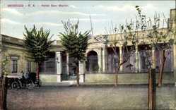 Postcard Mendoza Argentinien, Straßenpartie mit Blick auf Hotel San Martin, Kutsche