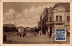 Postcard Levice Lewenz Slowakei, Leva, Straßenpartie, Gebäude, Passanten