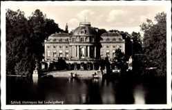 Postcard Ludwigsburg in Baden Württemberg, Blick auf Schloss Monrepos, Gewässer