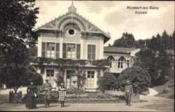 Postcard Bad Mondorf Luxemburg, Kurgäste vor dem Kursaal