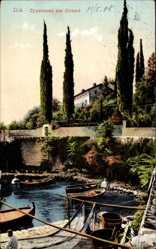 Postcard Ičići Ika Kroatien, Zypressen am Strand, Boote, Fischernetz