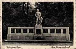 Postcard Wittenberge in der Prignitz, Blick auf das neue Kriegerdenkmal
