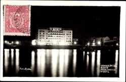 Foto Ak Recife Pernambuco Brasilien, Blick auf das Grand Hotel vom Wasser aus