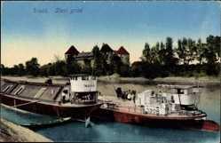 Postcard Sisak Kroatien, Stari grad, Frachtschiffe mit Blick auf Burg, Szava