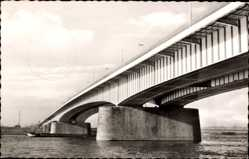 Postcard Neuss in Nordrhein Westfalen, Ansicht der Rheinbrücke