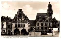 Postcard Dortmund im Ruhrgebiet, Altes Rathaus und Stadtbibliothek, Brunnen