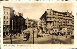 Postcard Magdeburg in Sachsen Anhalt, Blick auf den Hasselbachplatz, Straßenbahn