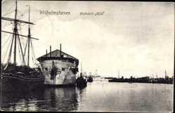 Postcard Wilhelmshaven in Niedersachsen, Hafenbild Hulk, Altes Kriegsschiff