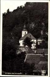 Postcard Oybin in Sachsen, Blick über die Dächer auf die Kirche am Berg