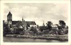 Postcard Güstrow im Kreis Rostock, Flusspartie, Ortschaft, Dom