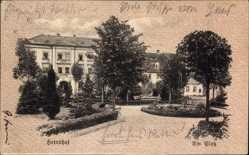 Postcard Herrnhut in der Oberlausitz, Partie am Platz, Gebäude