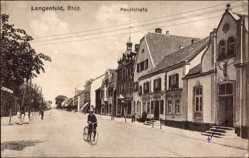 Postcard Langenfeld im Rheinland, Blick auf Häuser in der Hauptstraße