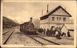 Postcard Puigcerda Katalonien, Estacion, Bahnhof, Dampflokomotive, Passagiere