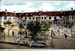 Postcard Grafenwöhr im Oberpfälzer Hügelland,Blick auf belebtes Kasernenleben,Soldaten