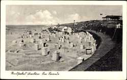 Postcard Borkum, Nordseebad, Partie am Strand, Strandkörbe, Sand, Fahne, Mauer