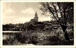Postcard Waren an der Müritz, Partie am Tiefwaren See mit Blick auf Kirche