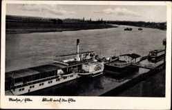 Postcard Riesa an der Elbe Sachsen, Flusspartie, Elbdampfer Schmilka, Anlegestelle
