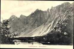 Postcard Romsdal Norwegen, Troldtinderne, Berglandschaft, Häuser