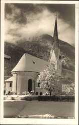 Postcard Bayrischzell im Mangfallgebirge Oberbayern, Verschneite Kirche