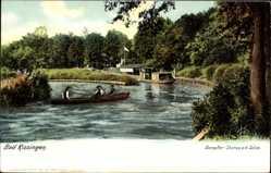 Postcard Bad Kissingen, Blick auf die Dampferstation an der Saline, Ruderer
