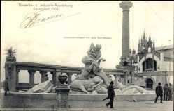 Postcard Düsseldorf, Gewerbeausstellung 1902, Zentauren Gruppe, Passanten