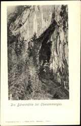 Postcard Oberammergau in Oberbayern, Partie am Eingang der Bärenhöhle