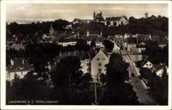 Postcard Landsberg am Lech in Oberbayern, Totalansicht mit Straßenpartie