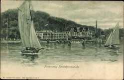 Künstler Ak Kiel in Schleswig Holstein, Panorama, Strandpromenade, Segelboote