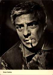 Ak Schauspieler Ernst Kahler, Portrait, Zigarette, DEFA, Tote reden nicht