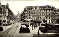 Postcard Görlitz in der Lausitz, Blick auf den Brautwiesenplatz, Gleise, Passanten