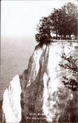 Foto Ak Sassnitz auf der Insel Rügen, Blick auf den Königsstuhl, Felsmassiv