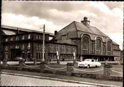 Postcard Bremerhaven Niedersachsen, Blick auf den Hauptbahnhof, Auto, Straßenpartie