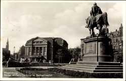 Postcard Magdeburg, Blick auf das Kaiser Wilhelm Denkmal, Zentraltheater, Straße