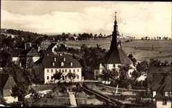Postcard Seiffen im Erzgebirge, Teilansicht der Stadt, Blick auf die Kirche