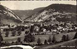 Postcard Fleurier Kanton Neuenburg, vue générale de la ville