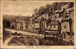 Postcard Luxemburg, Partie dans le Grund, Straßenansicht, Stengel