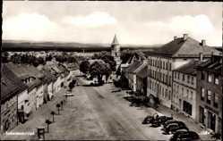 Postcard Eschenbach Oberpfalz, Straßenansicht, Sparkasse, Kirchturm, Autos