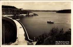 Foto Ak Burgk, Bleilochsperre, Ansicht von der Gans, Passanten, Motorschiff