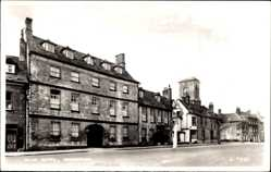Postcard Woodstock South East England, View of the Bear Hotel, facade, street