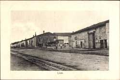 Postcard Lion devant Dun Meuse, Straßenpartie, Königl. Preuß. Reserve Ulanen Rgt. 4
