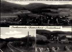 Postcard Serkenrode Ramscheid Finnentrop, Gesamtansicht, Heuhaufen, Kreuz am Wegrand
