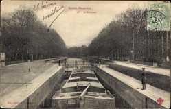 Postcard Saint Maurice de Cazevieille Gard, L'Ecluse, Lastkahn in der Schleuse