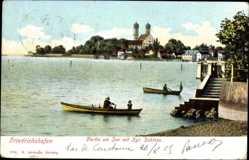 Postcard Friedrichshafen am Bodensee, Partie am See mit Kgl. Schloss, Ruderboote