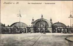 Postcard Frankfurt am Main, Blick auf den Hauptbahnhof, Straßenseite, Vorderansicht