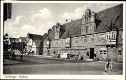 Postcard Stadthagen im Kreis Schaumburg, Blick zum Rathaus mit Ratskeller