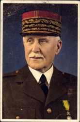 Postcard Maréchal Henri Philippe Pétain, Portrait, Uniform, Schirmmütze