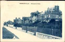 Postcard Hermanville Calvados, Groupe de Villas, Villen, Straßenpartie