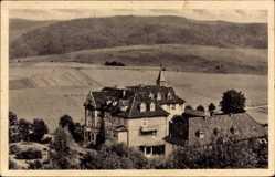 Postcard Heggen Finnentrop Kreis Olpe, Blick auf das St. Antonius Haus, Felder